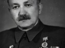 Исаак Шмерелевич Фидельгольц, первый руководитель школы ФЗО